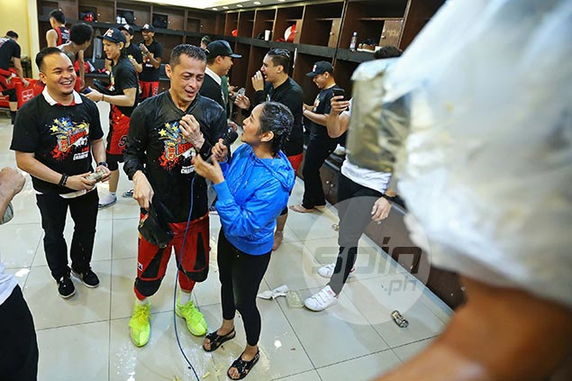 Long wait over for Chico Lanete as San Miguel vet wins first PBA title after 11 years