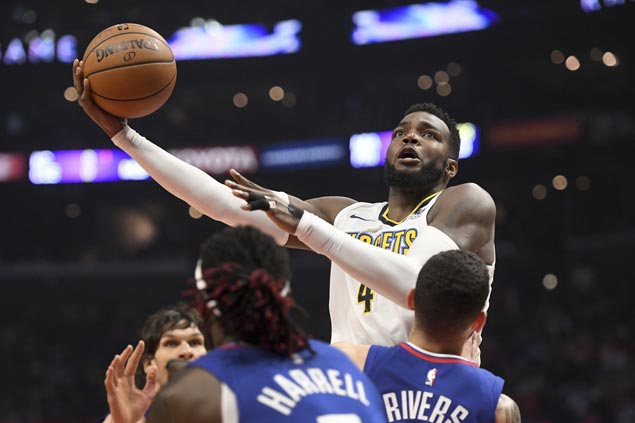 Nuggets stretch streak to five to gain share of eighth in West, eliminate Clippers