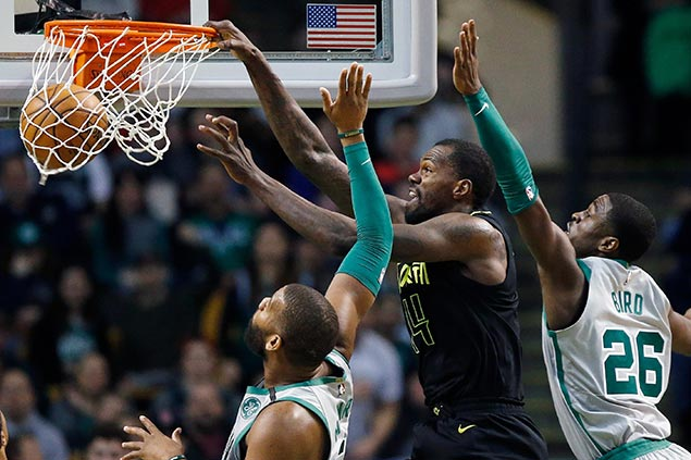 Prince, Dedmon lead Hawks comeback win as Celtics reserves blow 13-point fourth-quarter lead