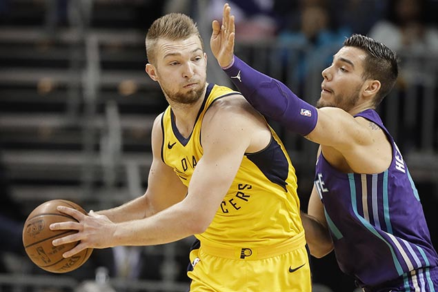 Sabonis shines as Pacers nip Hornets to keep slim hopes of catching Cavs at No.4 in East