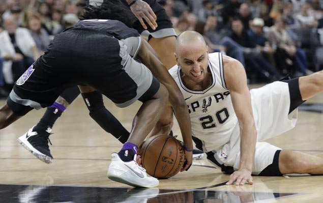 Spurs book 21st straight postseason appearance with come-from-behind win over Kings