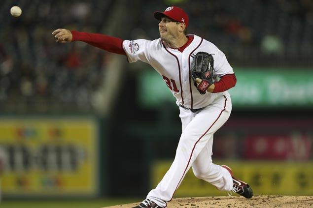 Max Scherzer steals base to highlight fifth MLB shutout win as Nats down Braves