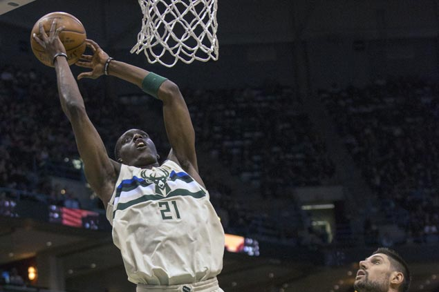 Bucks rip Magic for second straight win without Giannis, move past Heat for sixth spot in East
