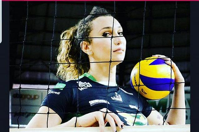 Brazilian transgender volleyball player gets contract extension with Sao Paulo-based club