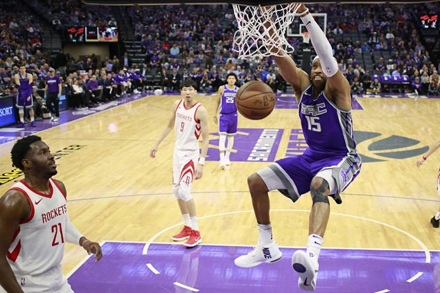 Kings win regular season finale as league-best Rockets rest starters
