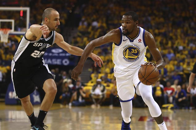 KD takes charge as Curry-less Warriors play solid defense to beat Spurs in playoff opener