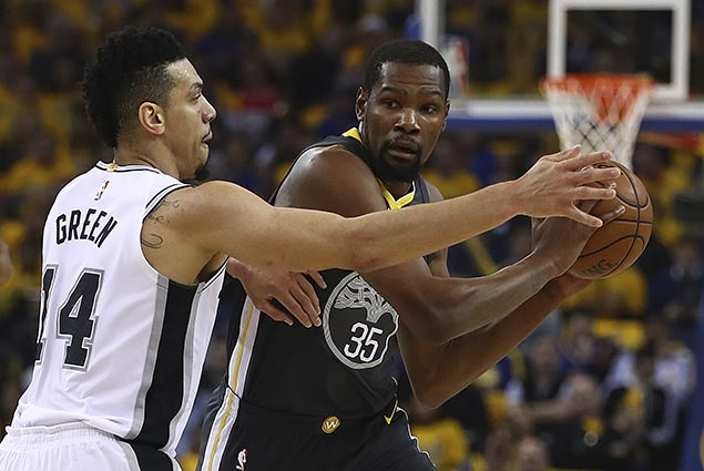 Durant, Thompson spark second half surge as Warriors take 2-0 series lead over Spurs