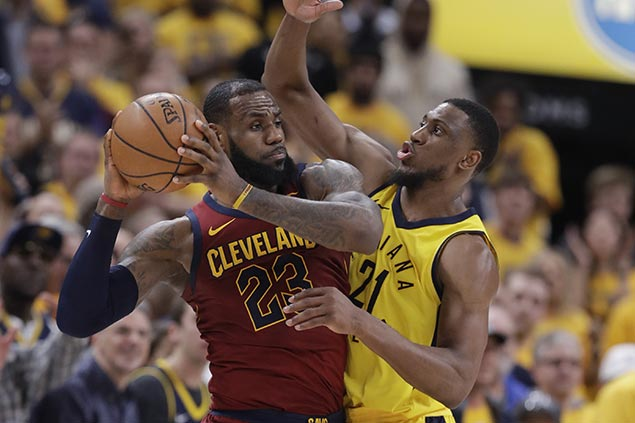 LeBron takes blame for Cavs collapse: 'Guys have got to play better—including myself'
