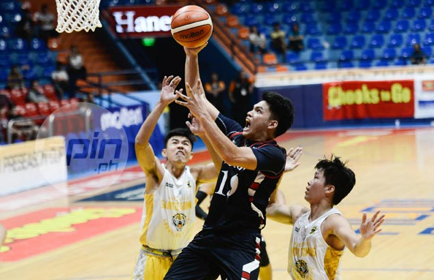 Muyang, Fajarito make impact as Letran spoils ex-coach Ayo's debut with UST Tigers