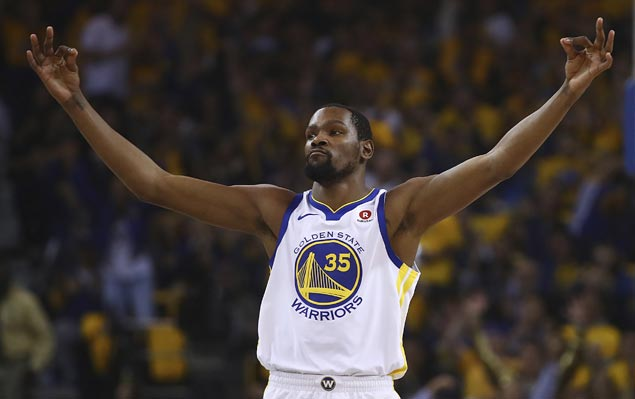 Durant, Green help Warriors hold off Spurs late charge to arrange second-round duel vs Pelicans