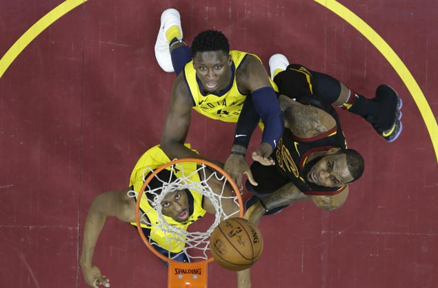 Victor Oladipo insists LeBron James' late-game block illegal: 'It was a goaltend'
