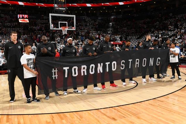 Raptors, Wizards honor victims of Toronto van attack