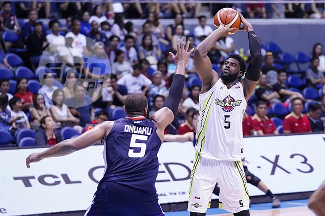 Pringle takes charge as GlobalPort endures Tautuaa absence to frustrate Meralco