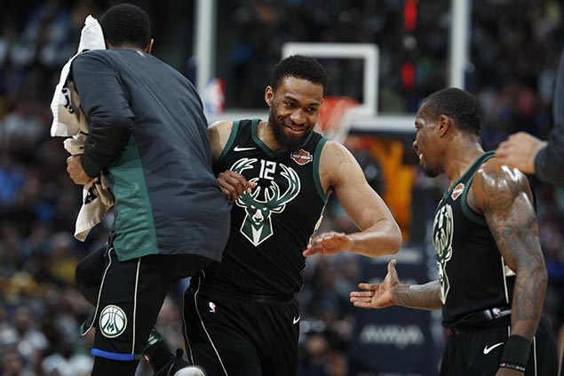 Giannis assures Bucks' restricted free agent Jabari Parker 'ain't going nowhere'