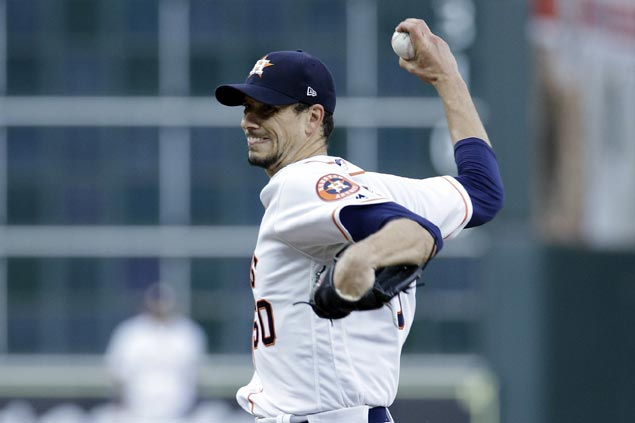 Charlie Morton strikes out 10 as Astros end Yankees' nine-game win streak