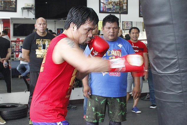 Manny Pacquiao opens training camp 10 weeks before bout with Lucas Matthysse