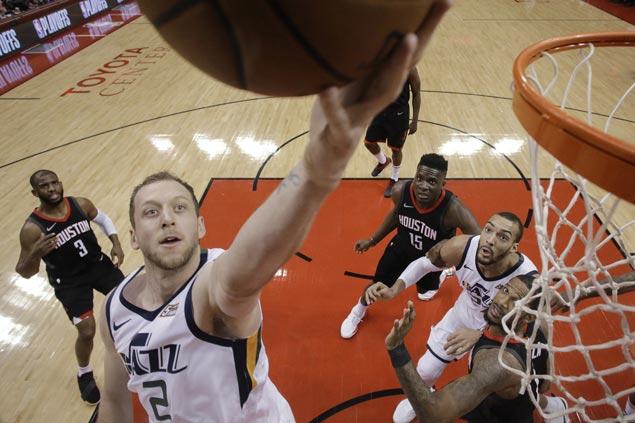 Joe Ingles scores career-high 27 as Jazz edge Rockets to level series