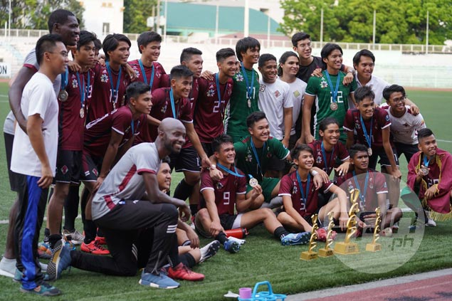 Ian Clarino nets first-half goal as UP downs UST to clinch UAAP football title