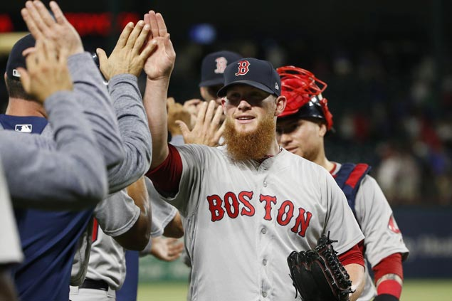 Craig Kimbrel quickest to reach 300 saves as Red Sox rally past Rangers