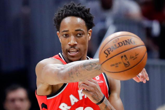 As LeBron steps up pursuit of greatness, Raptors coach bails out on DeRozan