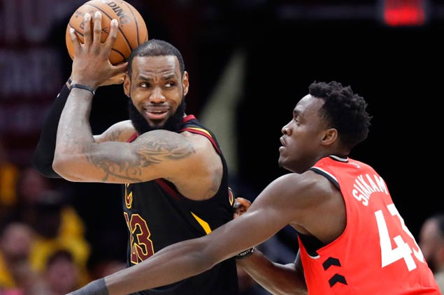 Looking vulnerable during chaotic regular season, LeBron's Cavs peaking at right time