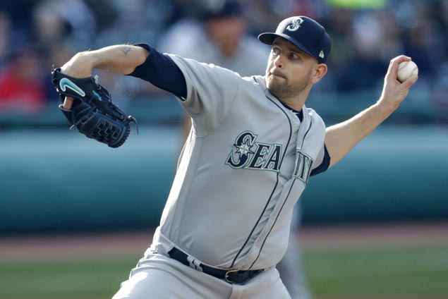 Mariners' James Paxton no-hits Blue Jays as Kyle Seager provides lift with amazing save