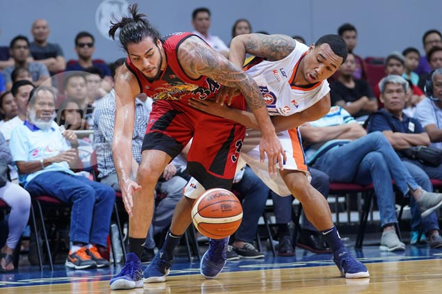 Standhardinger plays down underwhelming debut, says desire is to be 'facilitator' at SMB