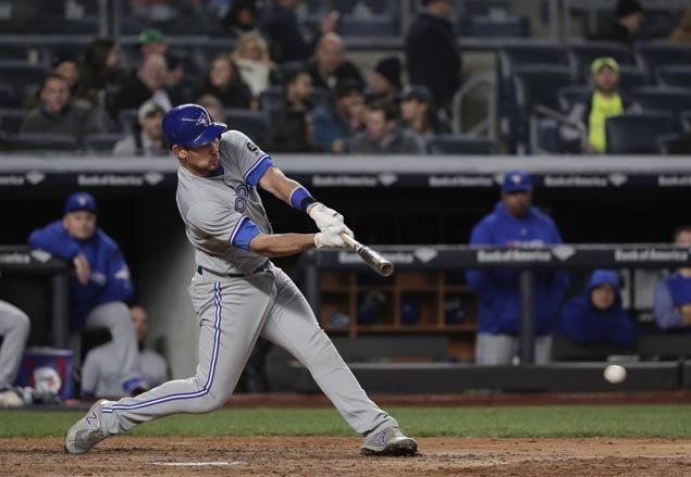 Luke Maile redeems self after throwing error with homer in 12th to lift Jays over BoSox