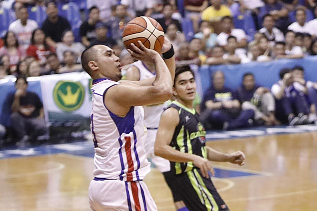 Magnolia holds off GlobalPort in Pampanga to register in win column