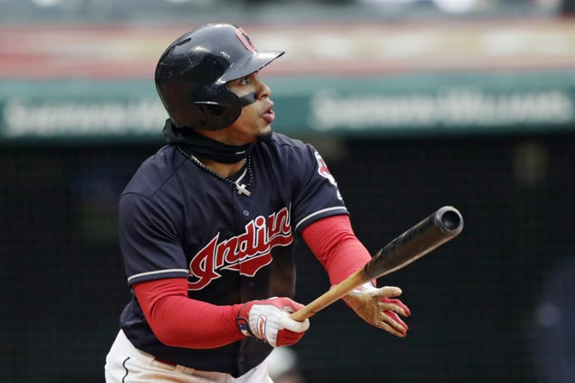 Francisco Lindor hits two home runs, two doubles as Indians down Royals