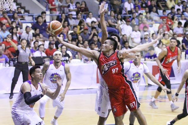 Campbell believes Manuel, like teammate Abueva, deserving of 'The Beast' label
