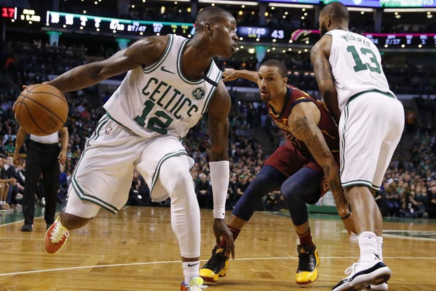 Celtics' first-quarter blitz torpedoes Cavaliers in opener of Eastern Conference finals