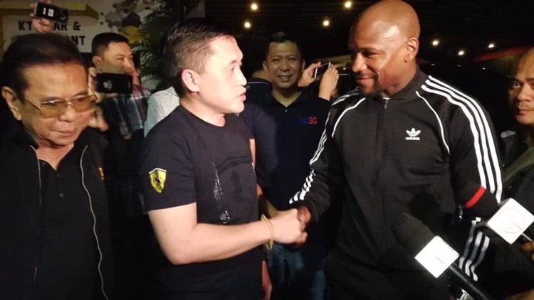 Mayweather apologetic after making Secretary Bong Go wait for hours in Davao meet-up