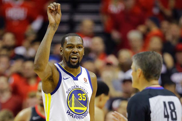 Kevin Durant admits he got upset with Kerr late in Warriors' Game 1 win. Here's why