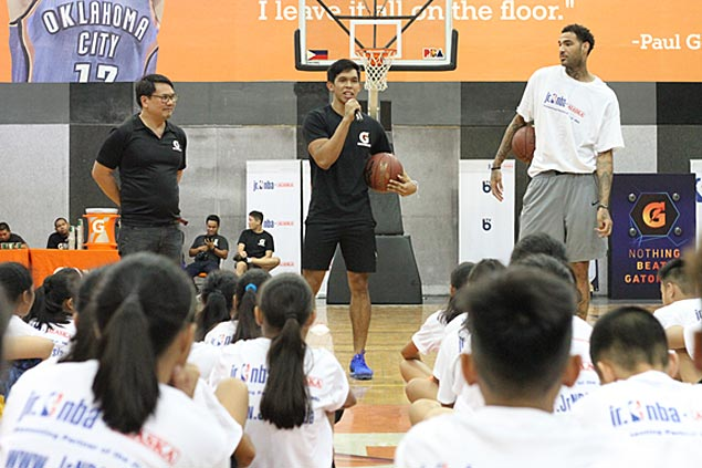 Thirdy Ravena, Ricci Rivero help out kids in Jr. NBA Philippines national camp