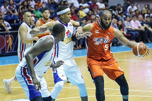 Free-throw shooting woes magnified in loss, but Arinze Onuaku still irreplaceable at Meralco, says Black