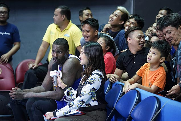 Vernon Macklin always open to return to PBA as well-loved import heads to China