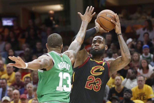 Cavaliers start strong and posts wire-to-wire Game 3 win to trim series deficit vs Celtics