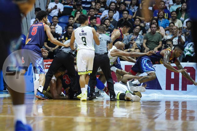 Tiu shakes off busted lip to lead Rain or Shine past GlobalPort in ill-tempered match