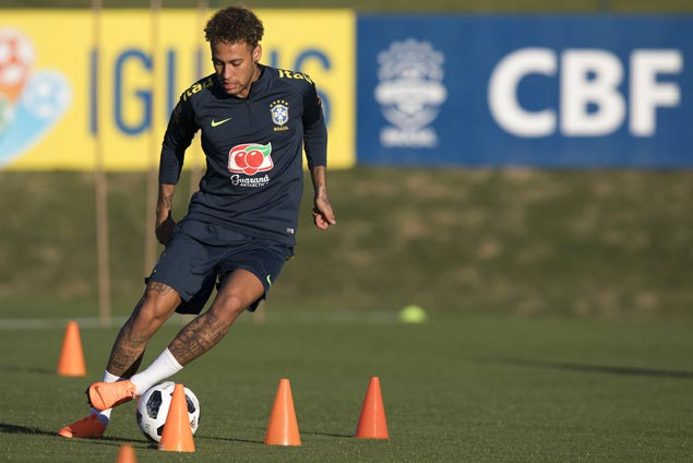 Neymar joins Brazil training ahead of World Cup