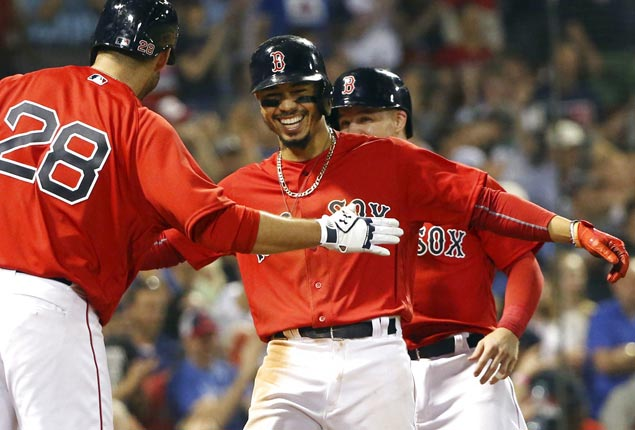 Mookie Betts hits MLB-leading 17th HR as BoSox beat Braves after cutting Hanley Ramirez