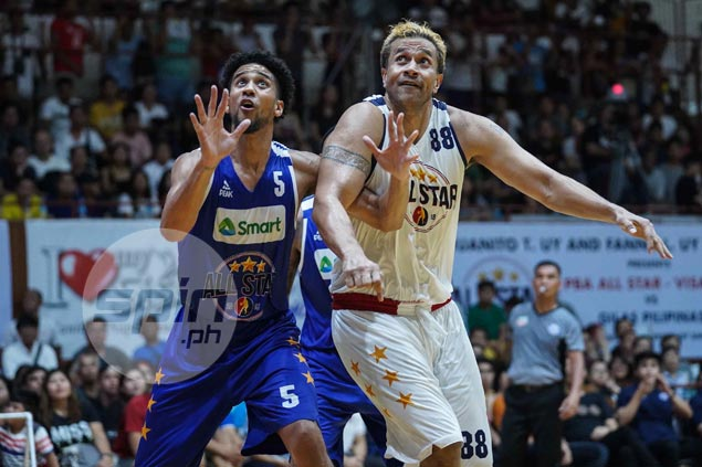 Asi Taulava passes torch, says PH basketball in good hands with Fajardo, Slaughter