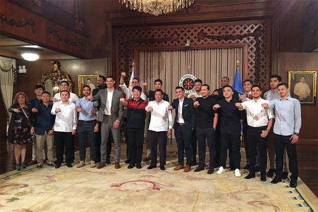 B&B reunite before PBA faceoff as champion Alab Pilipinas feted in Malacanang