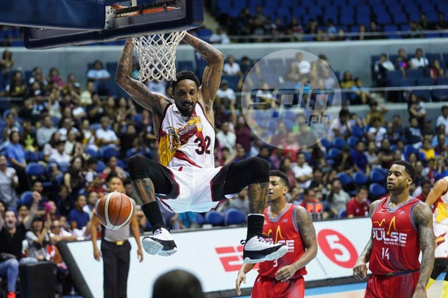 Balkman double-double helps SMB end three-game slump at expense of Phoenix