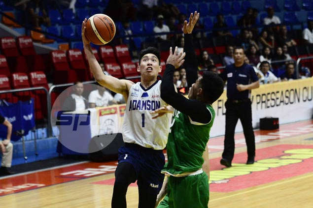 Sean Manganti catches fire as Adamson hands St. Benilde's first loss for share of Filoil Cup lead