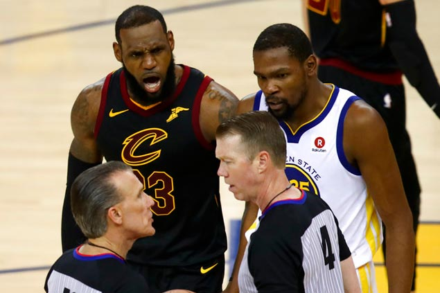 Lue rues overturned call: 'To do what (James) did yet come up robbed, it's just not right'