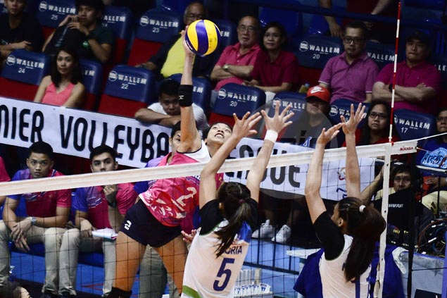 Creamline gains outright semis berth in PVL with rout of BaliPure