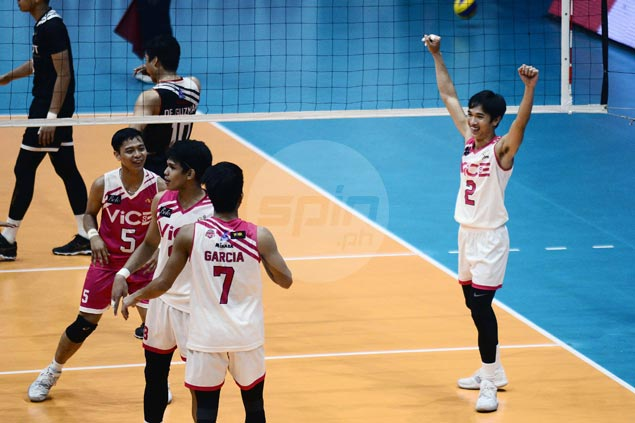 Richard Solis stars as Vice Co. downs PLDT Home to grab share of PVL lead