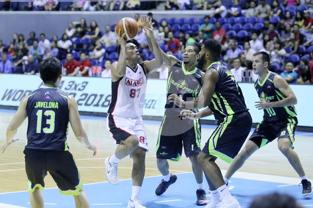 Vic Manuel sustains fine form as Alaska downs Globalport to stretch streak to five