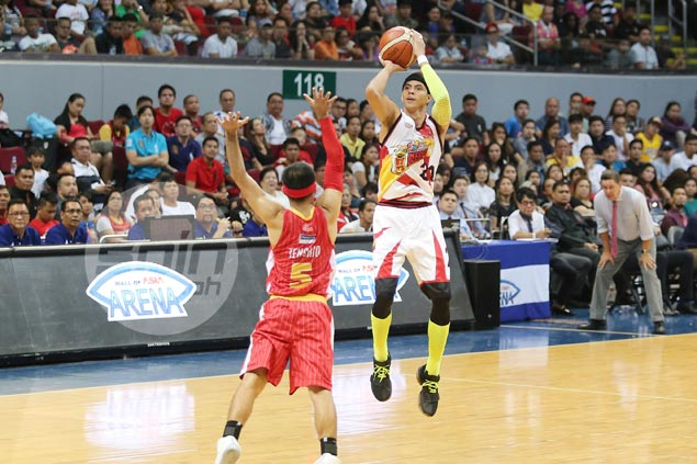 With SMB win streak going, Arwind Santos hoping to sweep remaining games in elims: 'Anim na lang'
